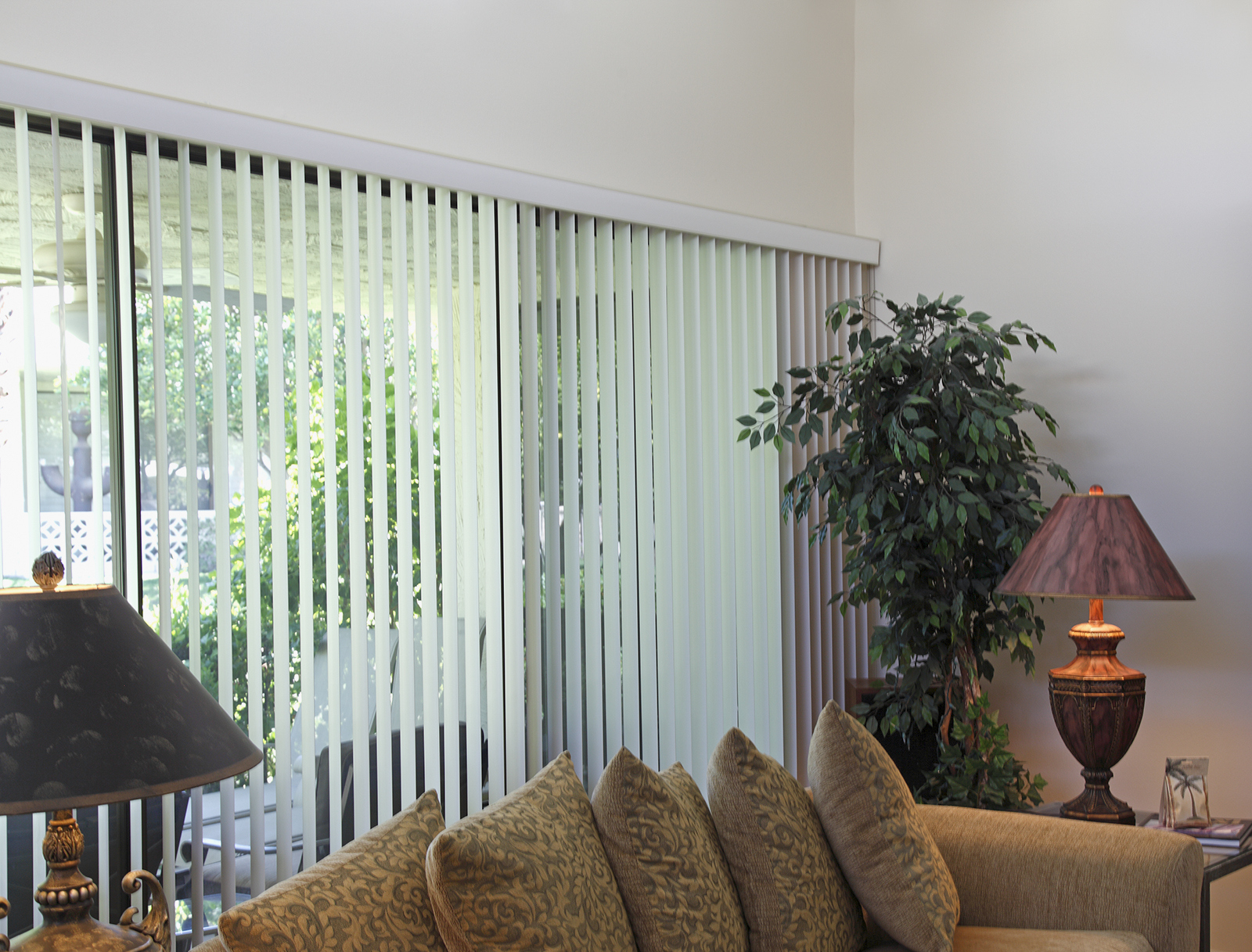 Vertical Blinds Installation Of Blinds Amp Curtains Call