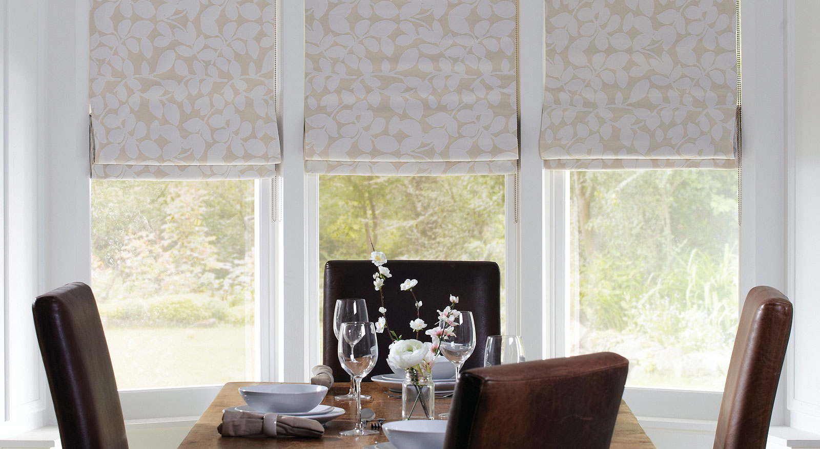 Roman Blinds Curtains Installation Of Blinds Amp Curtains