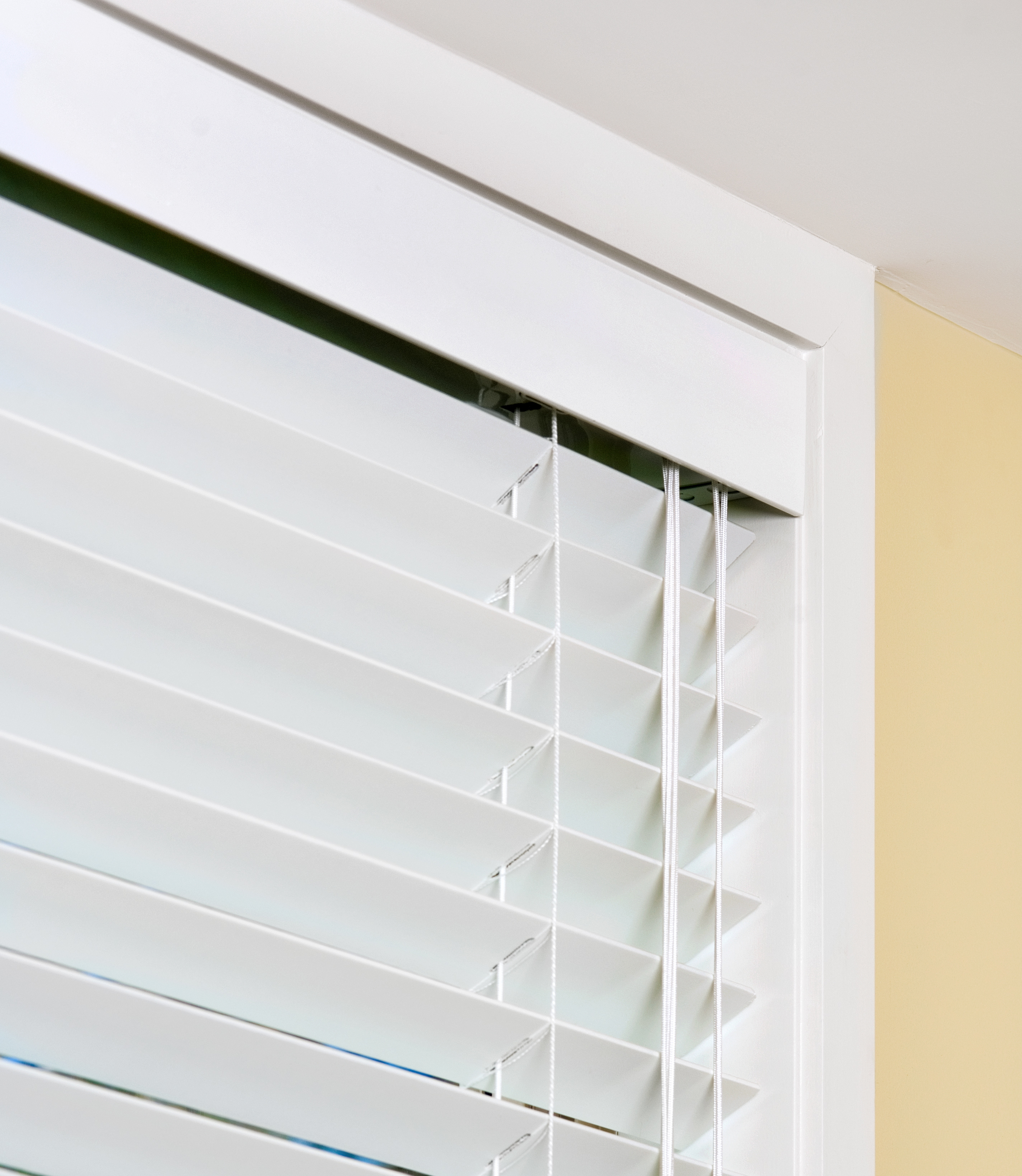 how to cut timber venetian blinds to size